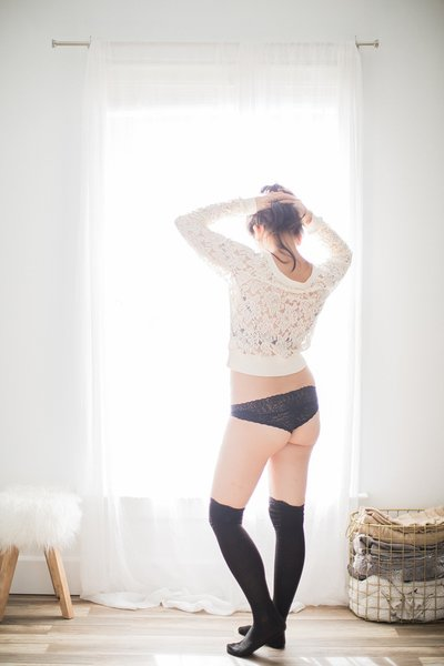 CN Lifestyle Natural Sweet Playful Boudoir Photo Shoot Norfolk Richmond VA Yours Truly Portraiture-78