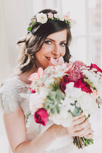 Intimate Seattle Wedding at VIlla Academy by Luma Weddings