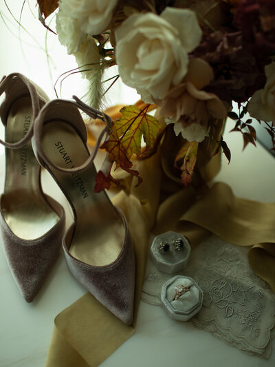 pink velvet shoes and fall bouquet