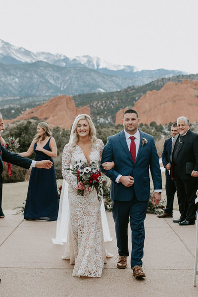 20200229  Garden of the Gods Wedding Photos  Colorado  Wedding Photographer - Catherine Lea Photography27