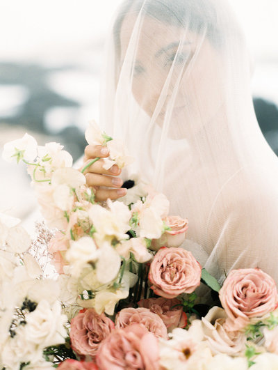 Designs by hemingway hawaii wedding florist fine art wedding florist stylist atelier of romantic weddings merriments lifestyle honolulu hawaii mightylinksfo