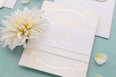 Light & modern invitation suite with gold foil