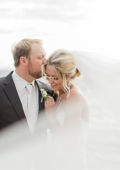Minnesota wedding photographed by Kirsten Shelton at Grand View Lodge