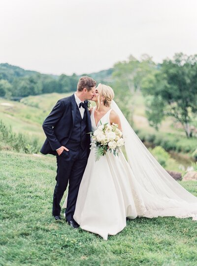 Pete-Dye-golf-Club-West-Virginia-Wedding-Photographer-Natalie-Jayne-Photography3