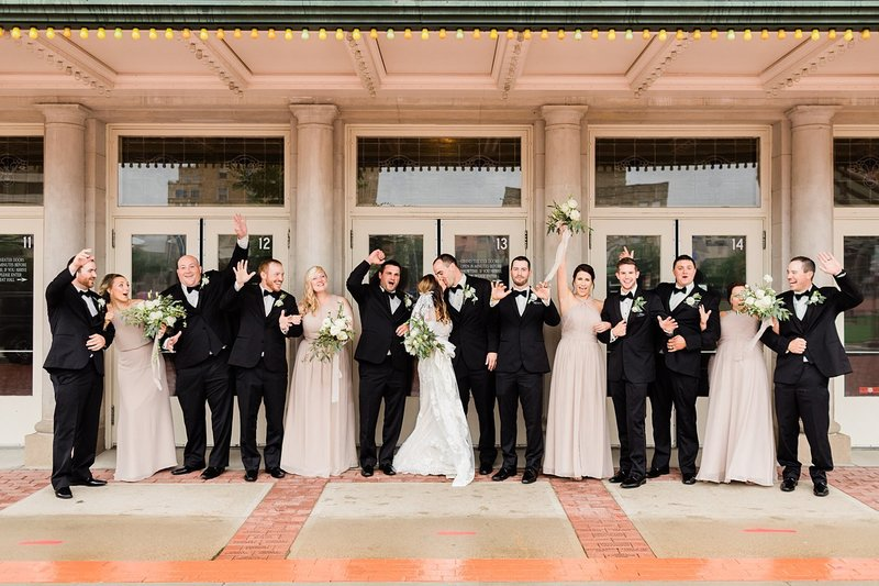28_Downtown-Wausau-Wedding-Photos-James-Stokes-Photography