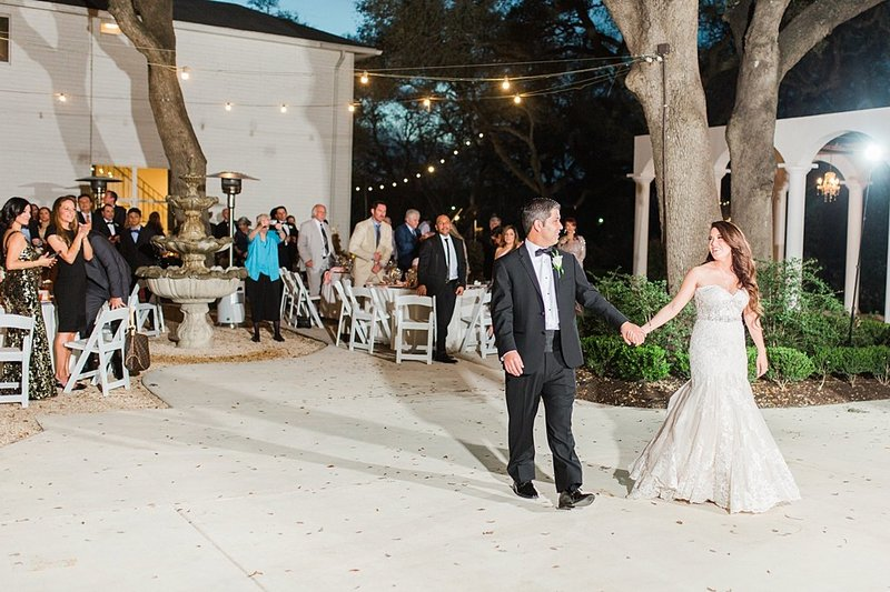 la cantera and the gardens at west green in San Antonio Texas Wedding Venue photos by Allison Jeffers Photography_0065