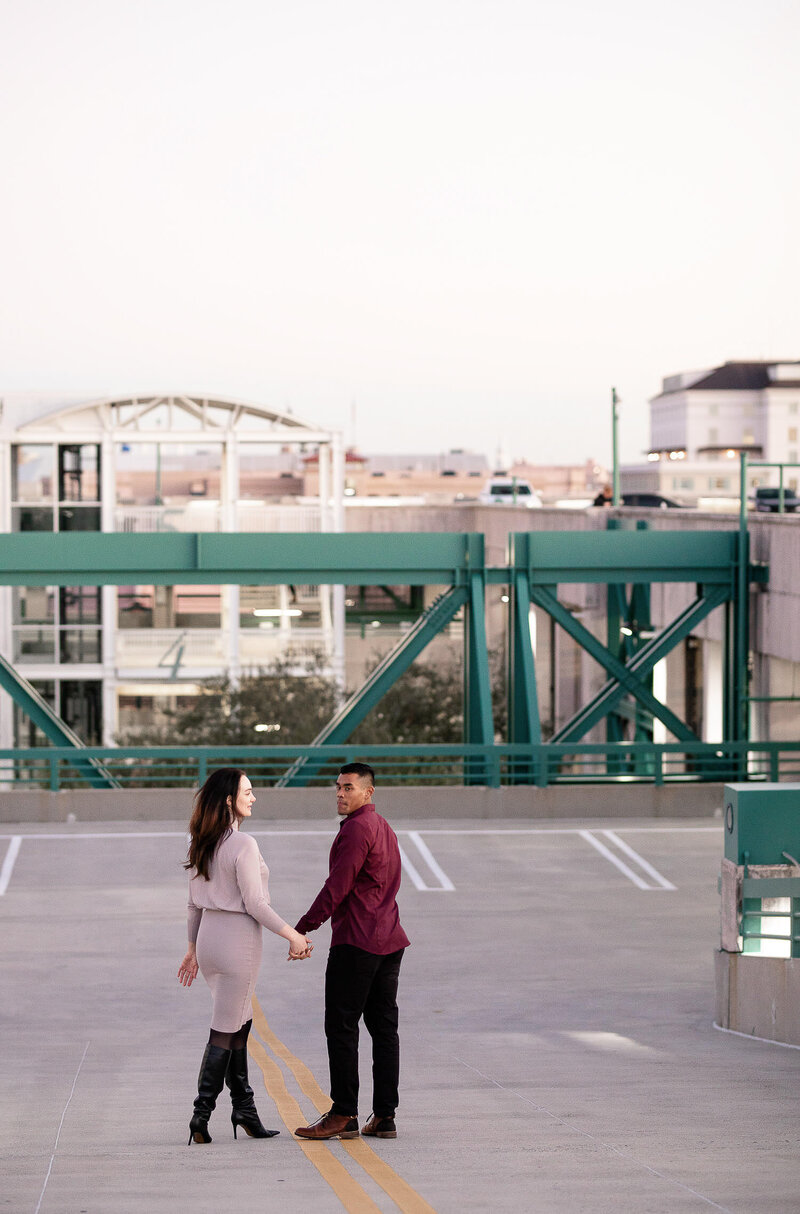 Franziannika.photography-Downtown-Engagement-45