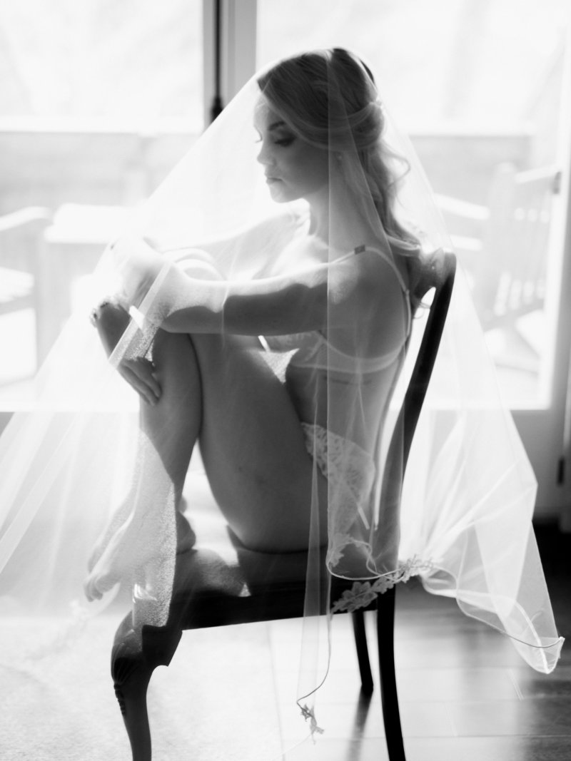 toronto bridal boudoir photography