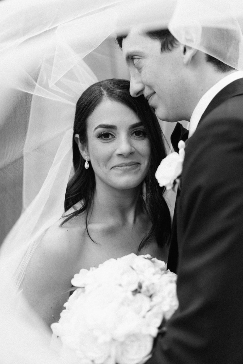 Anna + Aaron-New-Orleans-Museum-of-Art-Wedding_Gabby Chapin Photography_00215