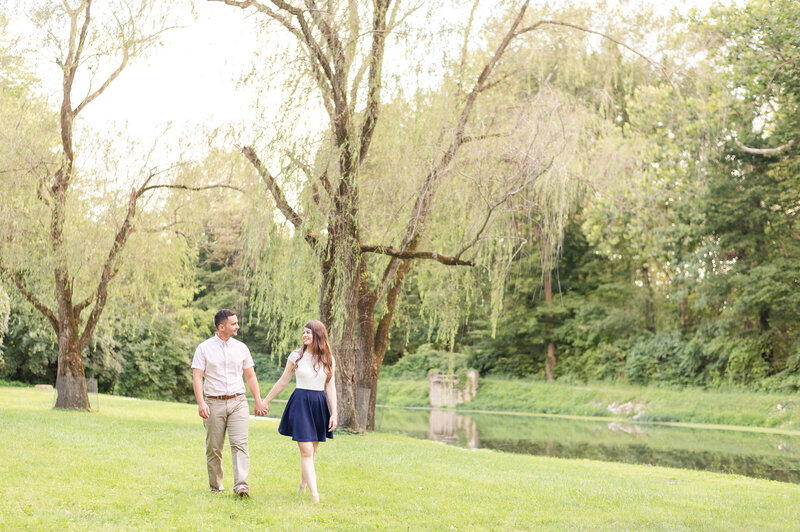 Holcomb_Garden_Engagement_Session_Indianapolis_Wedding_Photographer-43