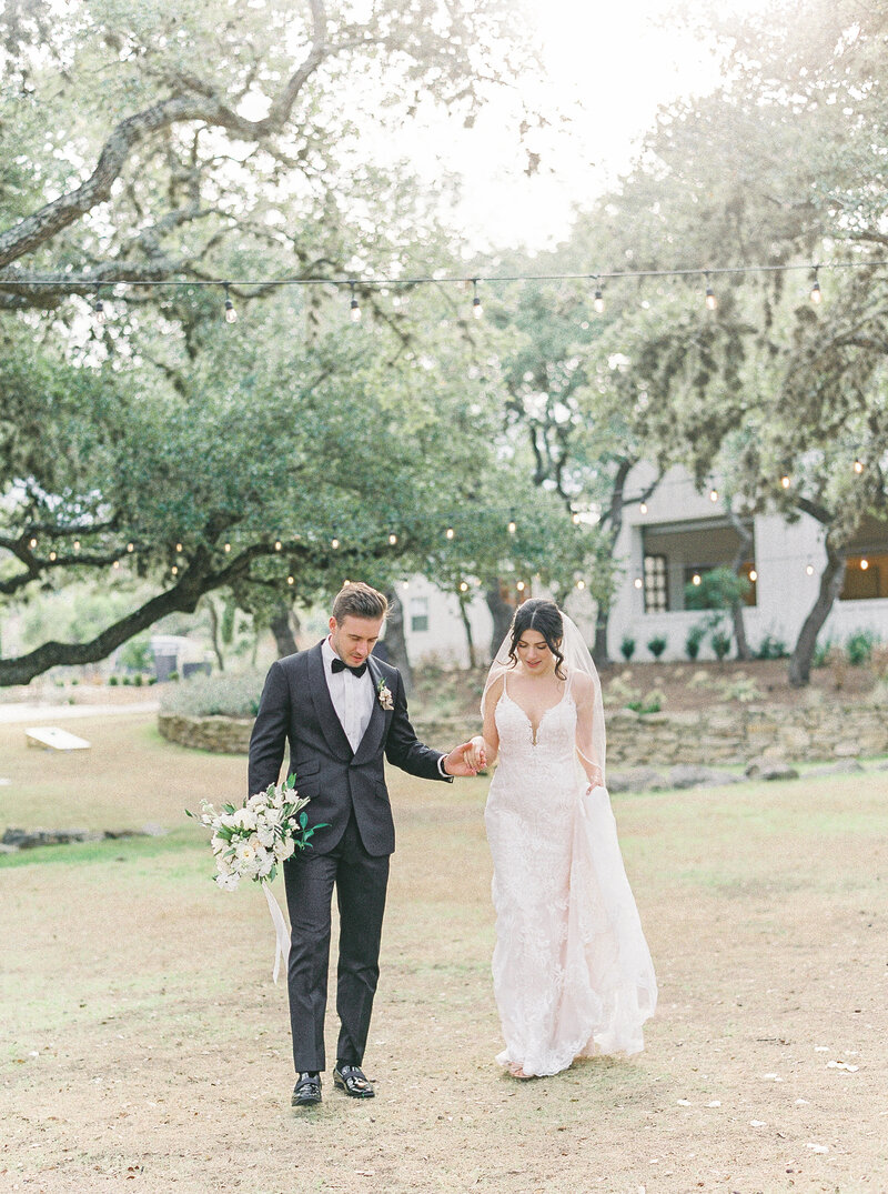 Brianna Chacon + Michael Small Wedding_The Ivory Oak_Madeline Trent Photography_0052