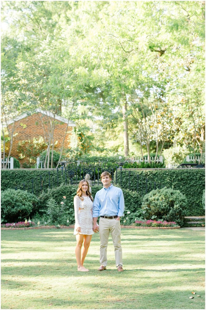 north-georgia-wedding-photographer-uga-founders-garden-engagement-athens-georgia-laura-barnes-photo-12