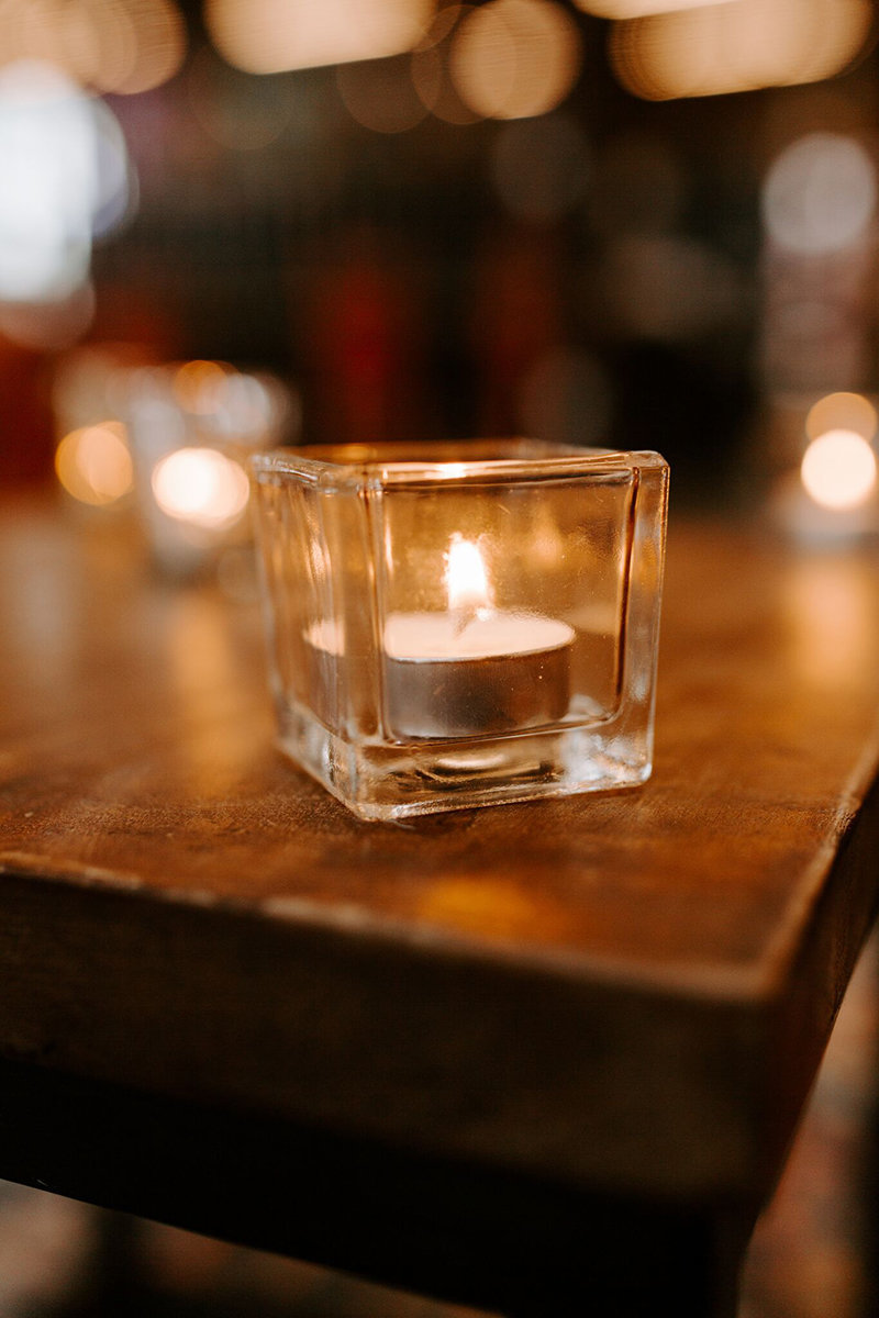 modern-square-votive-candle-rental-wedding