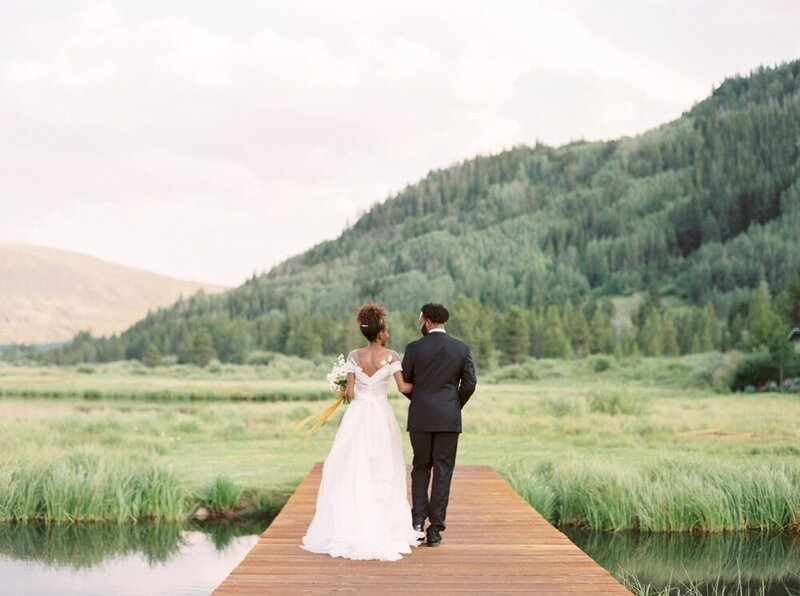 Refined and Organic Wedding in the Heart of Colorado_0002