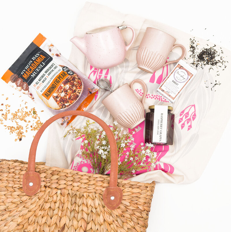 SIMPLY BEAUTIFUL GIFTS HAMPER BASKET 6