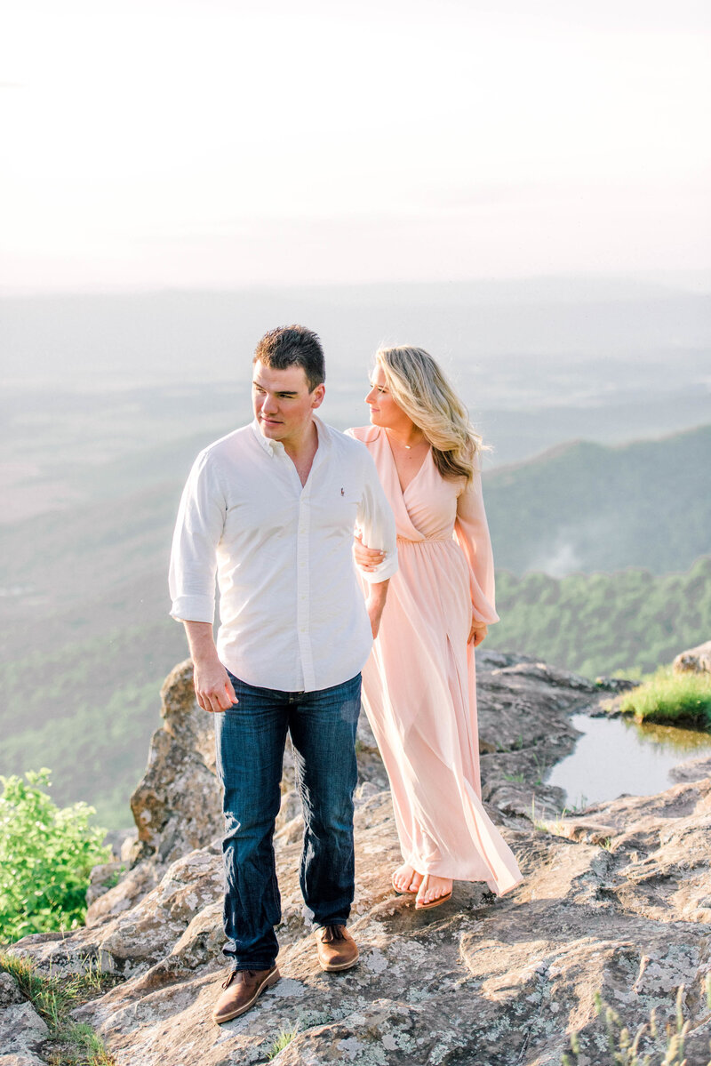 shenandoah-national-park-virginia-wedding-photographer-virginia-elopement-photographer-blue-ridge-mountains-wedding-photographer-engagement-photo-sunset-skyline-drive-melissa-durham_05