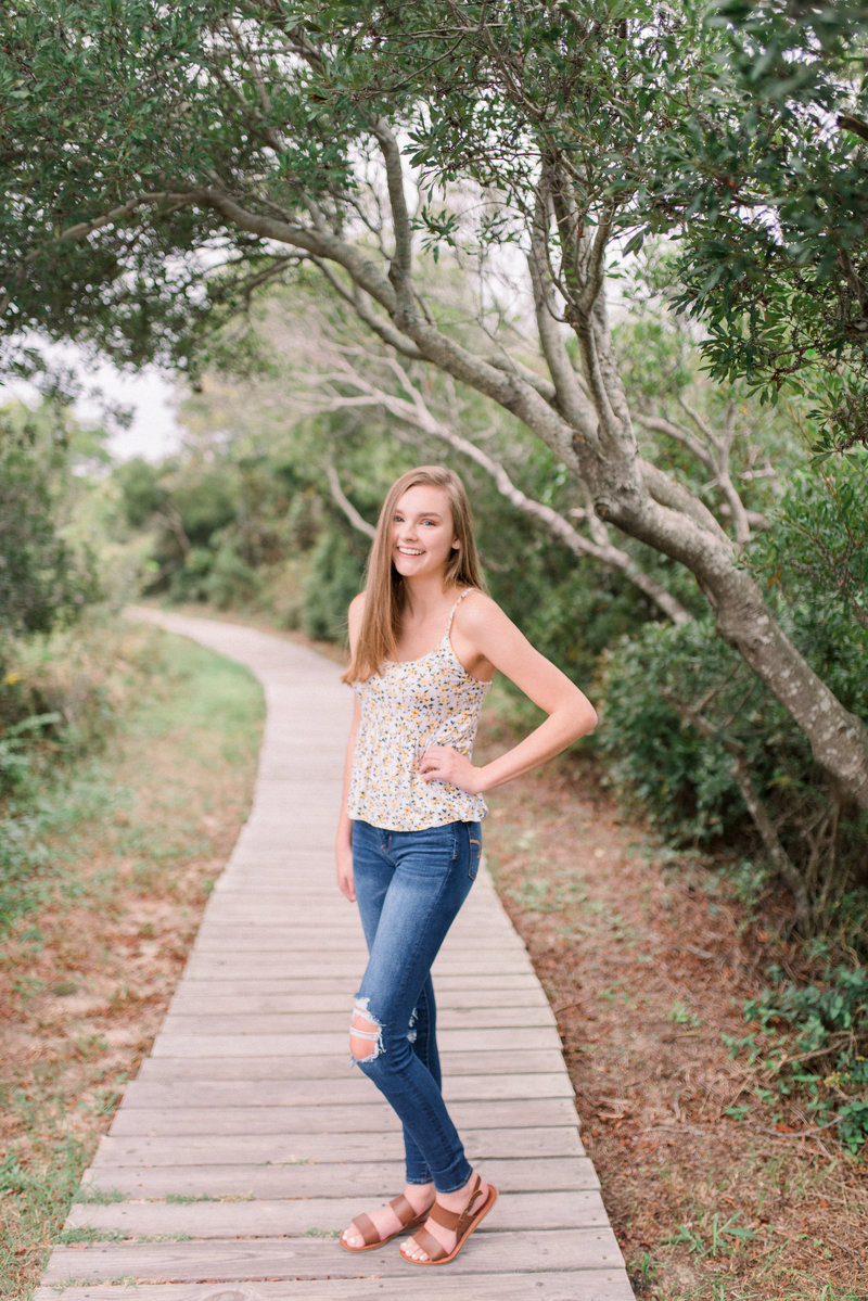 Jessica Davis VA Beach Senior Portraits October 2018 Leah Baggett Photography-3.