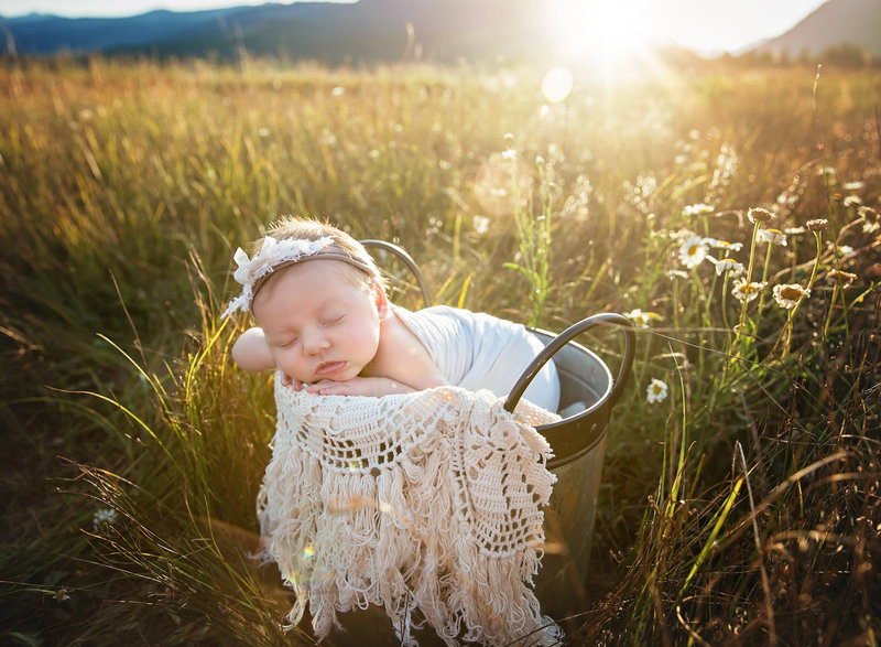 newborn photographer in montana