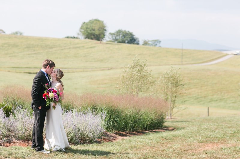 Rachel-Ricky-Harrisonburg-Wedding-Sunny-Slope-Farm2191