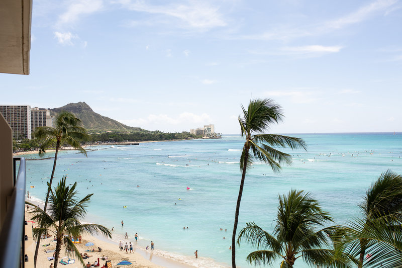 beautiful view of waikiki from Outrigger Resort