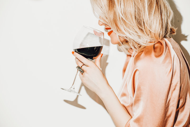 Decreasing your alcohol consumption can help with weight loss
