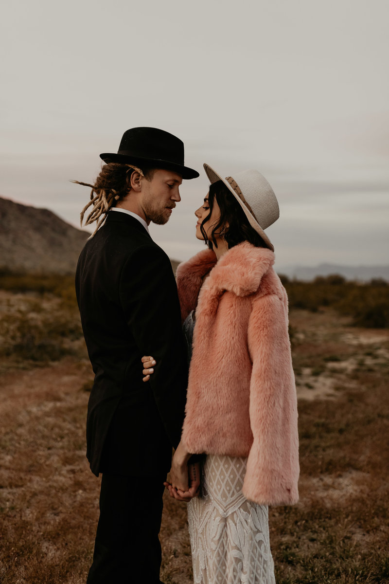 boho arizona elopement-15