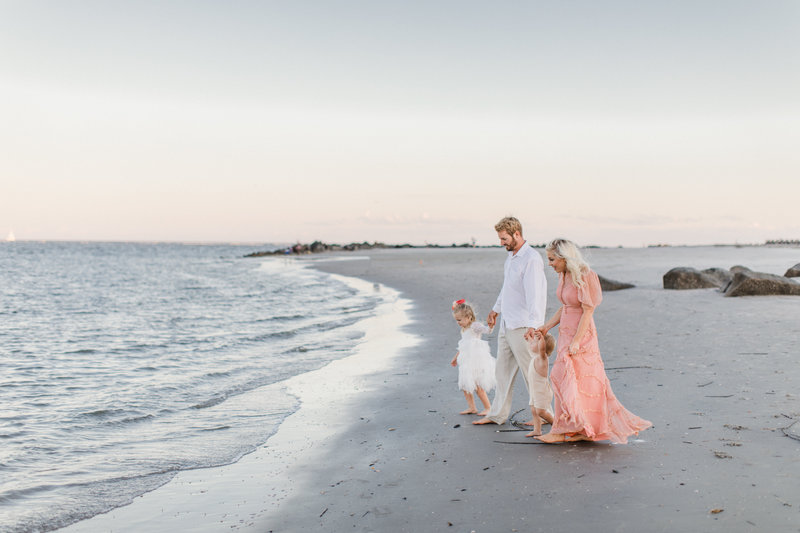 Charleston-Family-Beach-Photoshoot-Laura-Ryan-Photography-1