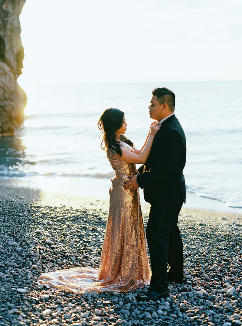 Pre Wedding Photograph of an Asian couple on a beach on the Amalfi Coast
