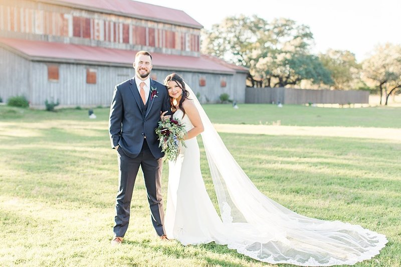 Eagle Dancer Ranch in Boerne Texas Wedding Venue photos by Allison Jeffers Photography_0067
