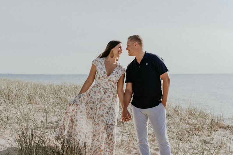 Henna Hue Wedding Photography_Weko Beach Michigan Spring Engagement Shoo...