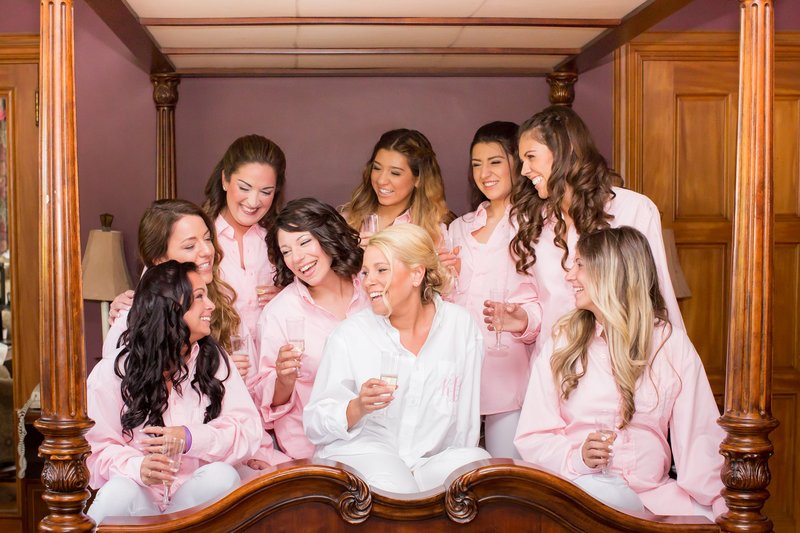 Bridesmaids in pink shirts
