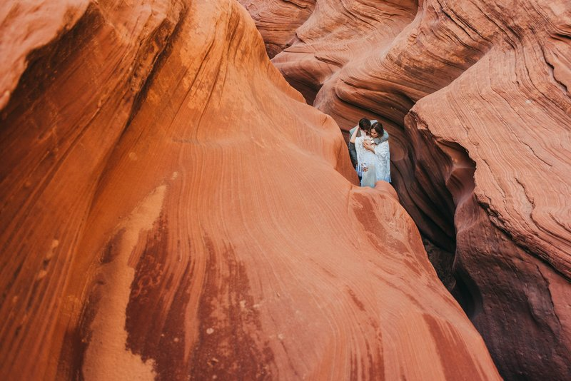 Red-Rock-Slot-Canyon-Elopement-Arizona
