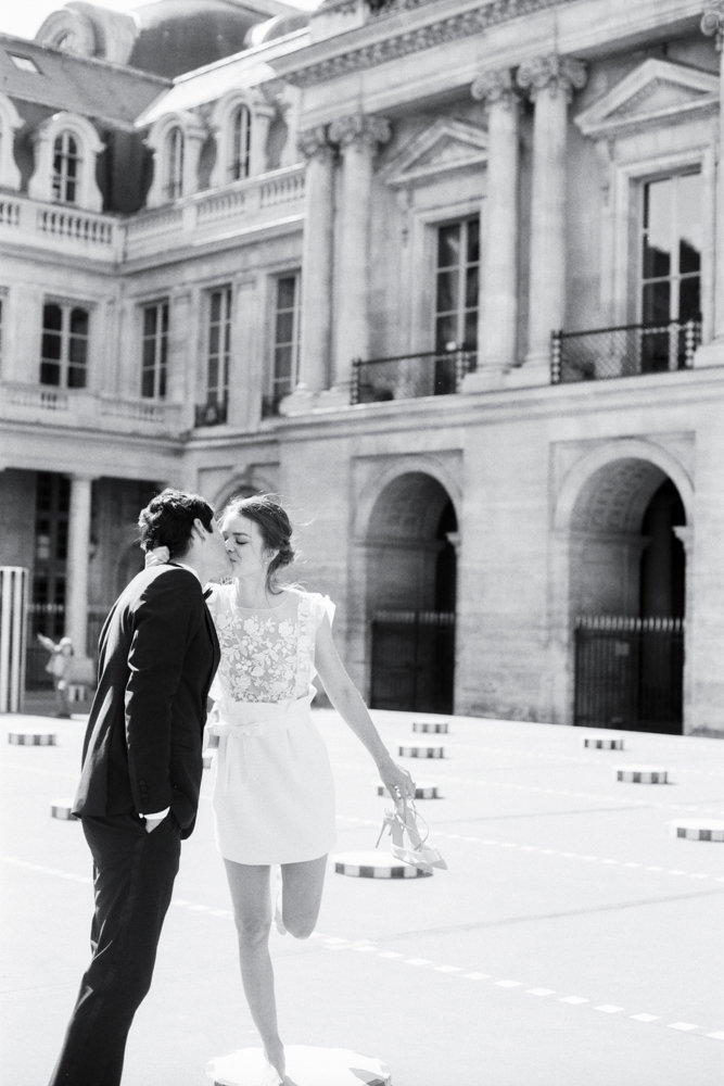 Paris_engagement_photos_palais_royal_gabriella_vanstern_ (9)