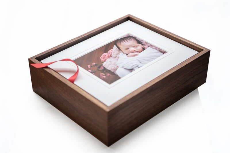 Heirloom memory box without the lid to show images