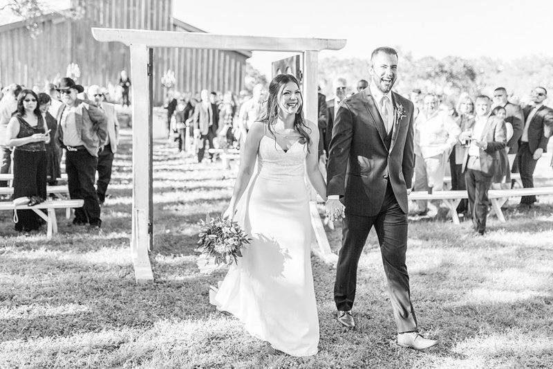 Eagle Dancer Ranch in Boerne Texas Wedding Venue photos by Allison Jeffers Photography_0045
