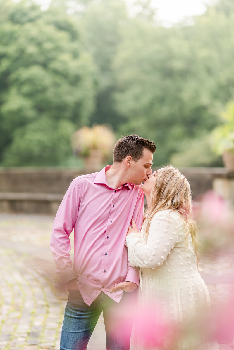 Cleveland Cultural Garden engagement - ohio engagement photographer