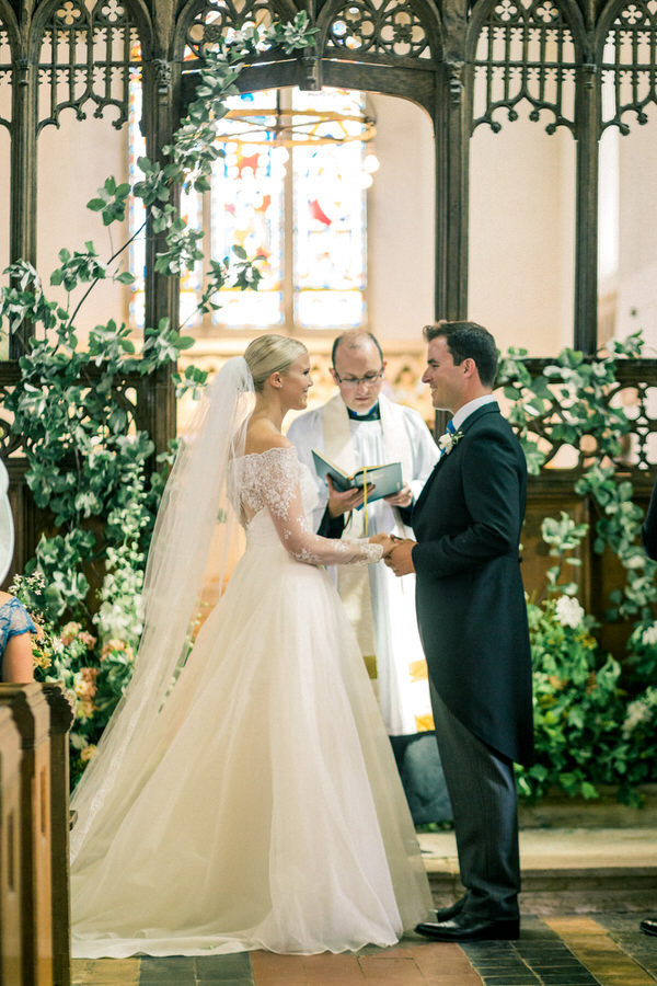 Cotswold Marquee Wedding Inspiration Gyan Gurung-22