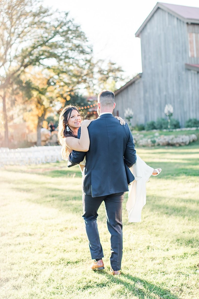 Eagle Dancer Ranch in Boerne Texas Wedding Venue photos by Allison Jeffers Photography_0073
