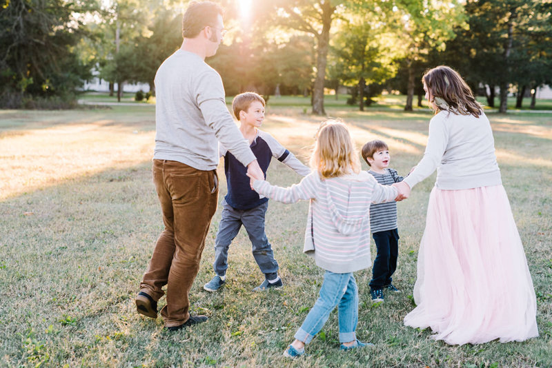 wichita-kansas-family-outdoor-portrait-session-12