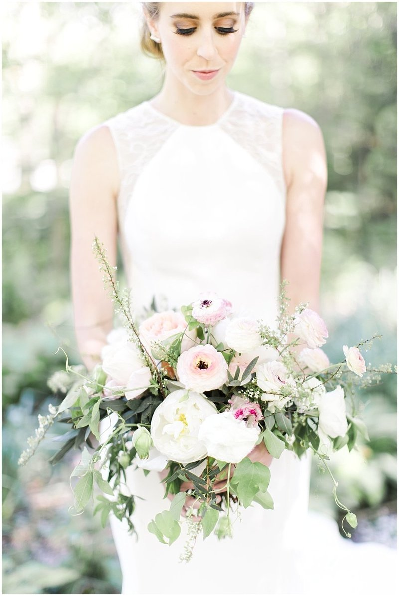 Spring-Floral-Willows-On-Westfield-Lodge-Wedding-Ivan-Louise-Images-Jessica-Dum-Wedding-Coordination_photo_0005