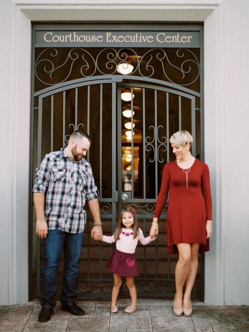 vero beach family photographer _ tiffany danielle photography _ city family pictures _ downtown vero beach (2)