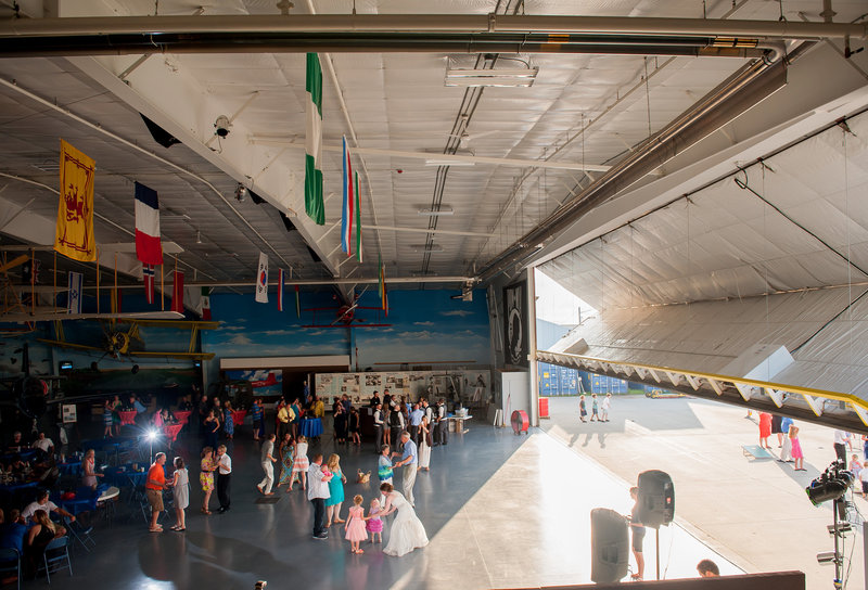 Fargo Air Museum Wedding Venue Kris Kandel Photographers (13)
