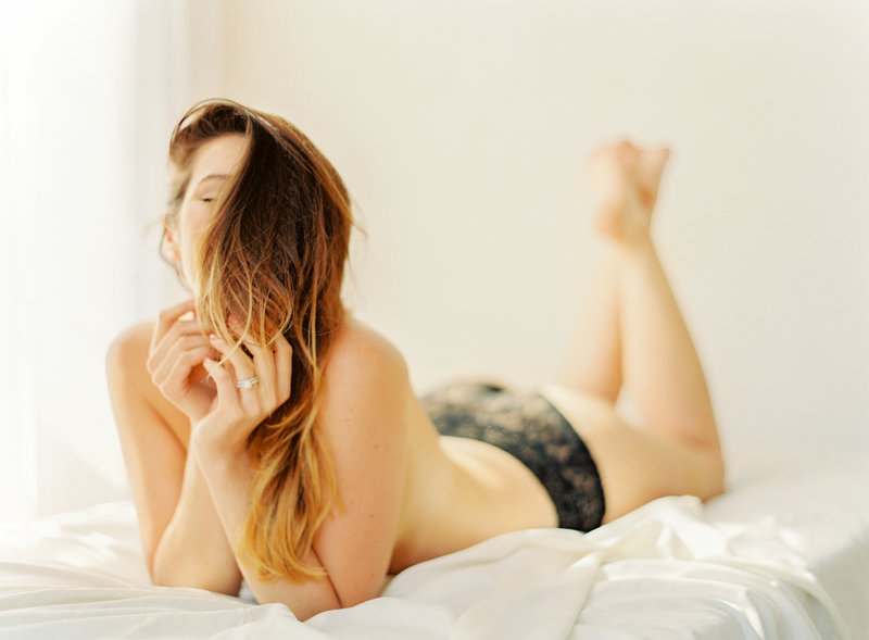 15-Manhattan-Boudoir-Photographer-Alicia-Swedenborg