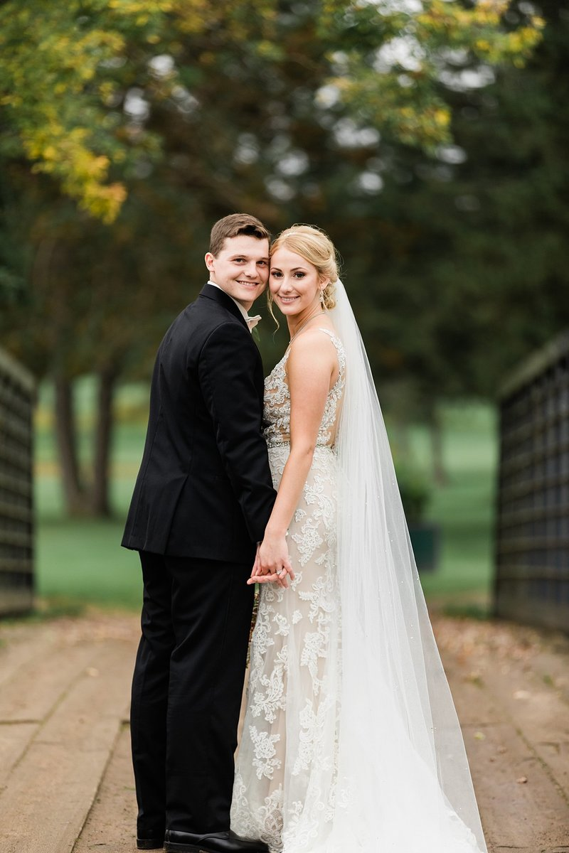 63-Wisconsin-Classic-Country-Club-Catholic-Wedding-James-Stokes-Photography
