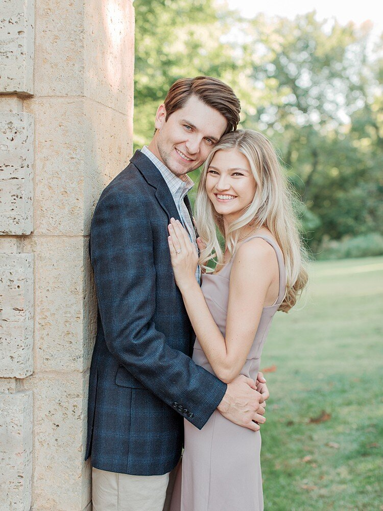 tulsa-wedding-photographer-engagement-session-at-the-philbrook-museum-laura-eddy-photography_0016