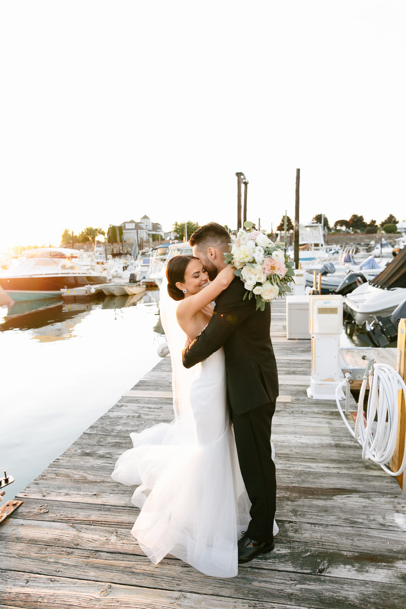 danversport-yacht-club-wedding-daylynn-designs4168
