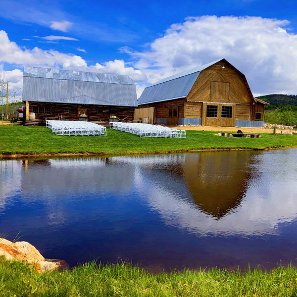 granby-colorado-winter-park-Strawberry-Creek-Ranch-New-outback-Barn-Cropped