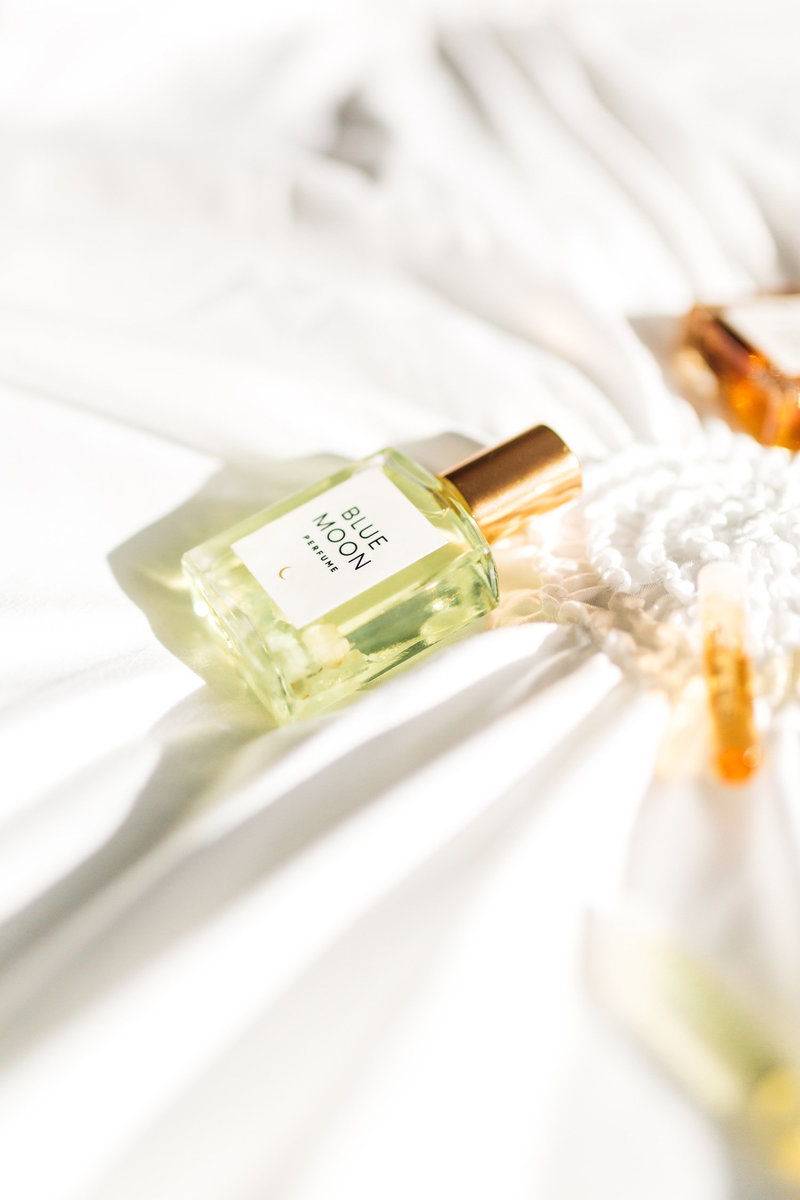 Product-Photography-for-Perfume-Business