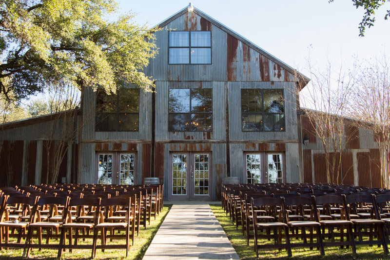 caitlin-stephen-vista-west-ranch-austin-wedding_010
