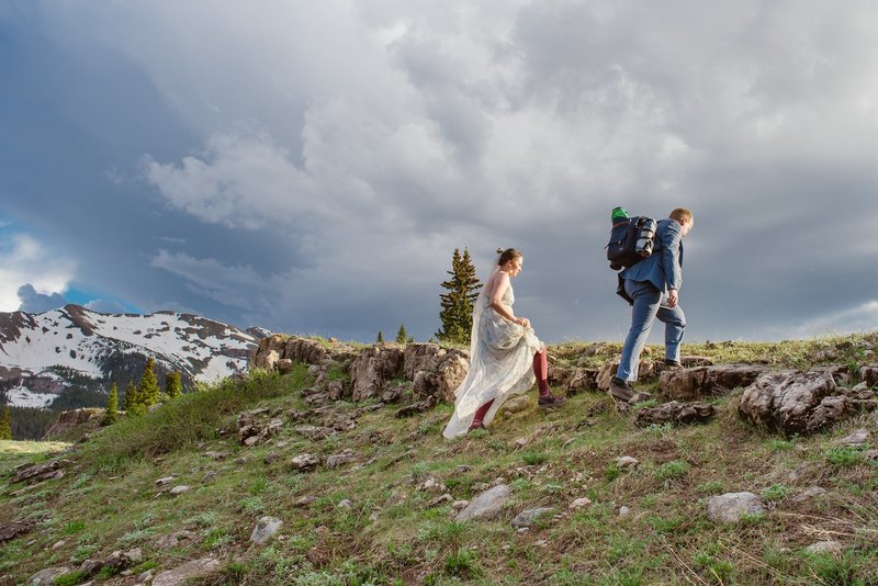 Colorado-Hiking-Elopement-Ouray-Wedding
